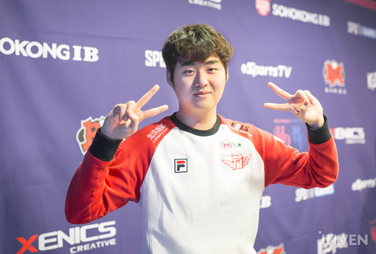 Today's matchup featuring SKT T1 and bbq OLIVERS saw SKT T1 take away a decisive victory of 2-0. Bang led the team to victory despite the continuous bans ...