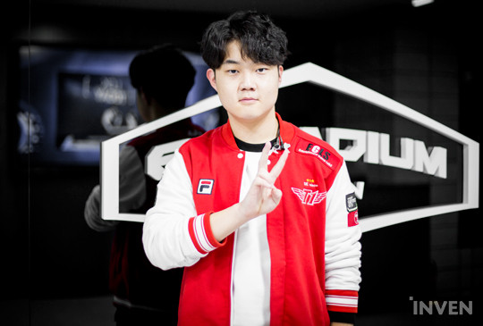 2aff955bc League of Legends: SKT T1 Huni:
