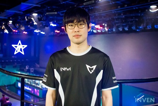 """... Galaxy reached second place as they defeated ROX Tigers 2-1 in Day 41  of LCK Summer Split 2017. Chanyong """"Ambition"""" Kang acted as the vanguard of  SSG ..."""
