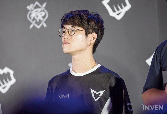 League of Legends: SSG Crown's Special Assignment: Suppress