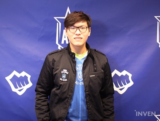Below are the interview responses from the NA representative jungler, Mike  Yeung.