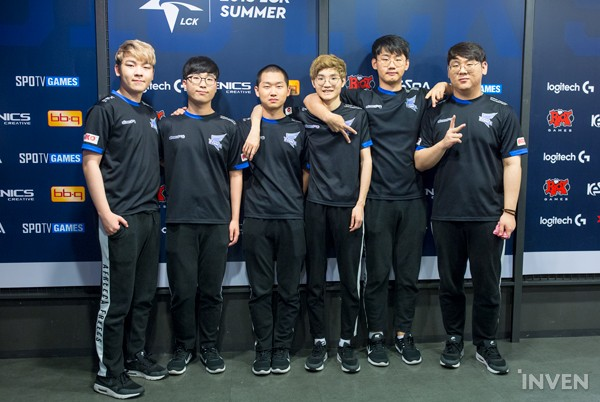 On the 17th, at the Gangnam Nexon Arena, Afreeca Freecs and SK Telecom T1  each secured a victory over their opponent in the '2018 LCK Summer Split  Round 2 ...