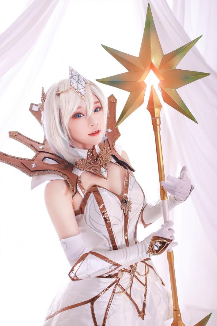 League Of Legends Elementalist Lux Cosplay Aza Miyuko