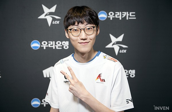 """League of Legends: DWG Nuguri: """"The goal is to beat G2 and IG."""" - Inven Global"""