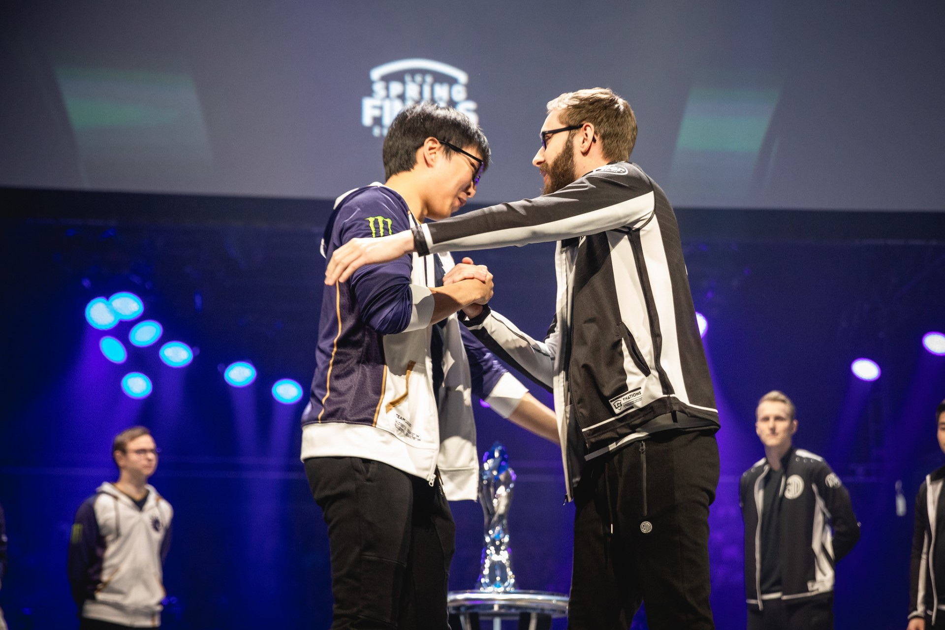 League Of Legends Doublelift And Bjergsen Will Not Attend