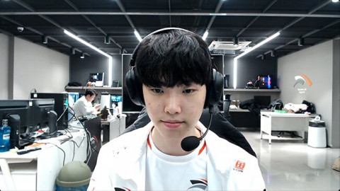 """HLE Chovy: """"Players have at least one champion that just doesn't fit them, and that champion for me, is Syndra."""""""