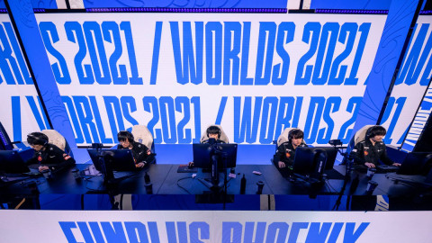 How and why FunPlus Phoenix was dead on arrival at Worlds 2021: An autopsy