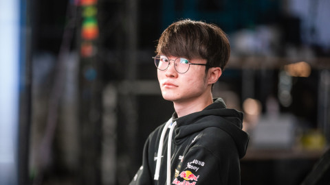 """The T1 """"cards"""" that stopped EDG at Worlds 2021"""